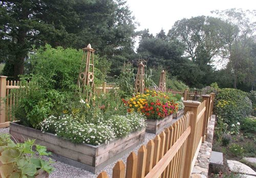 Planter Raised Flower Garden Ideas 500 x 347