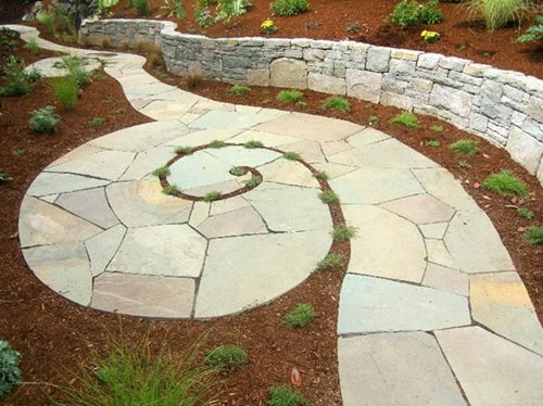 amazing flagstone walkway design ideas photo of a traditional landscape in with