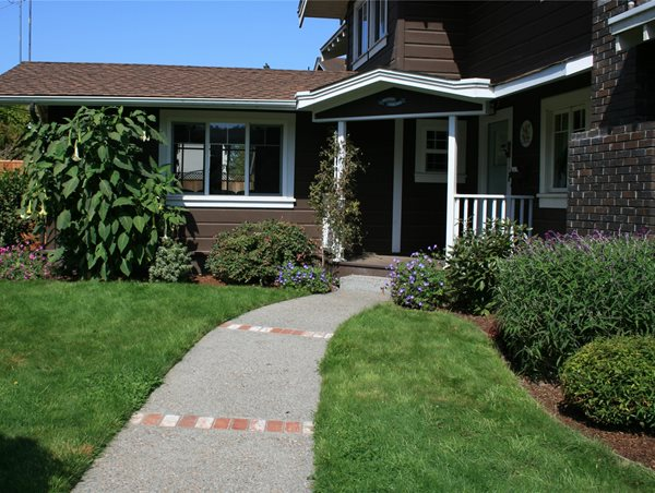 Front Entry Walkway Genevieve Schmidt Landscape Design and Fine Maintenance Arcata, CA