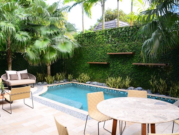 Small, Pool, Splash Pool Lewis Aqui Landscape + Architectural Design, LLC. Miami, FL