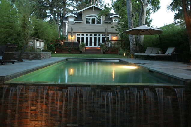 Backyard Landscaping - Sausalito, CA - Photo Gallery - Landscaping ...