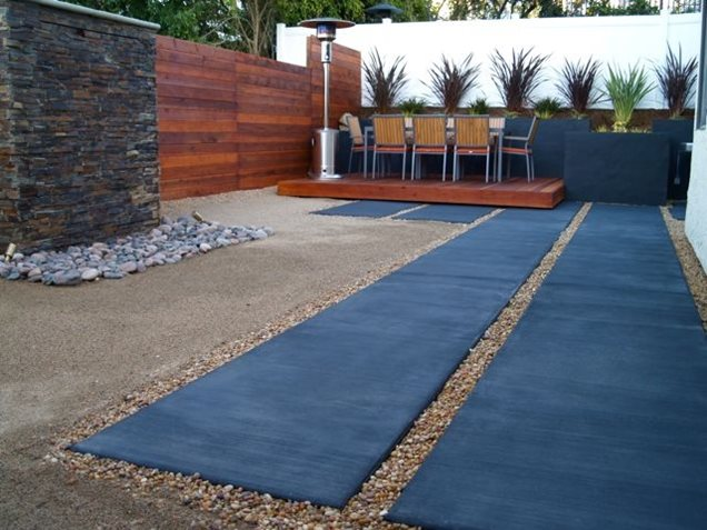 Backyard landscaping leucadia ca photo gallery for Low water front yard ideas