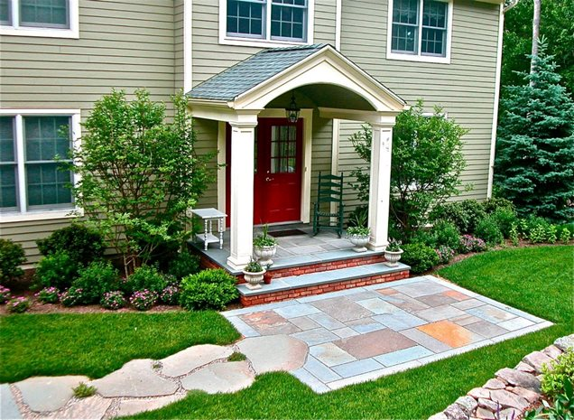 Front porch pittstown nj photo gallery landscaping for Front porch landscaping ideas