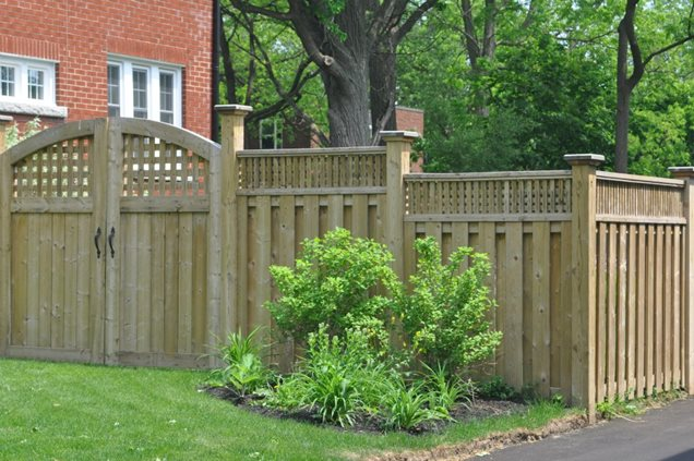Gates and fencing puslinch on photo gallery for Small privacy fence