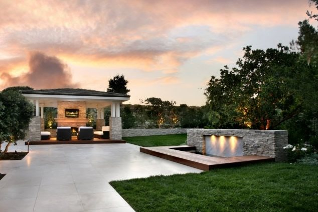 Contemporary backyard landscaping ideas for Modern backyard landscaping