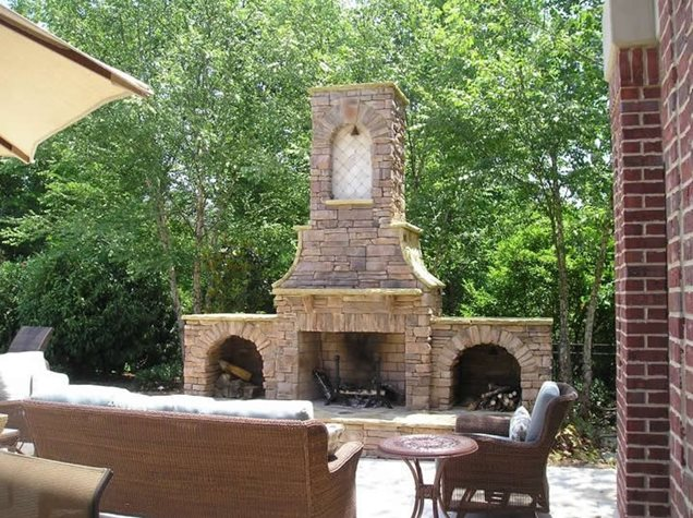 Outdoor fireplace chattanooga tn photo gallery for Custom backyard designs