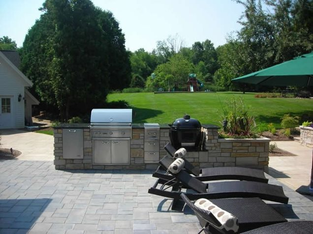 Idea lanscaping tuscan style backyard landscaping for Outside cooking area