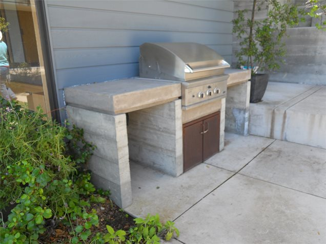 Outdoor kitchen calimesa ca photo gallery for Small backyard outdoor kitchen