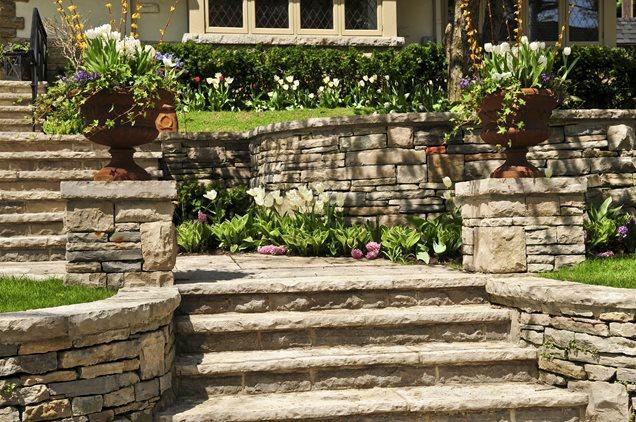Terraced Jardim, Muro de Pedra, Flor Urnas de retenção e Paisagem da parede Paisagismo Rede Calimesa, CA