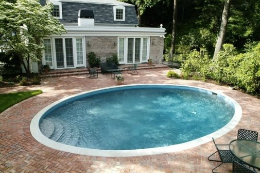 Simple swimming pools wilton ct photo gallery for Swimmingpool oval