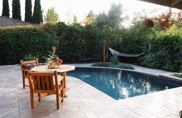 Pool designs for small yards home design elements for Small pools for small yards