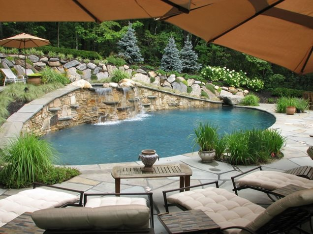 Gerbie plan small yard landscaping ideas hillsides in for Pool and landscape design