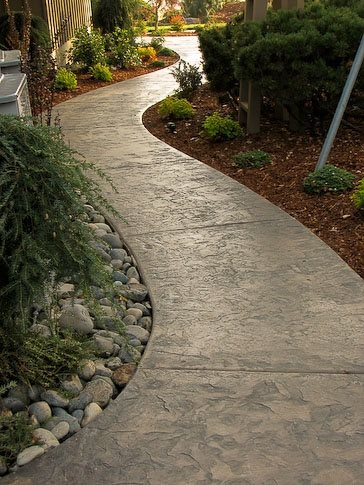 Walkway and path vancouver wa photo gallery for Cement garden paths