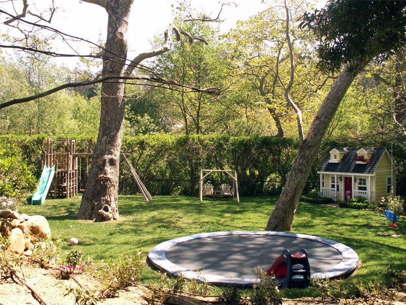 Backyard landscaping santa barbara ca photo gallery for Large backyard landscaping ideas