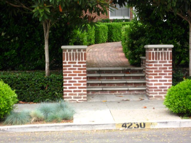Brick Columns Brick Hardscaping Landscaping Network Calimesa, CA