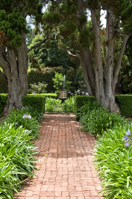 Brick Path, Straight Path Brick Hardscaping Grace Design Associates Santa Barbara, CA