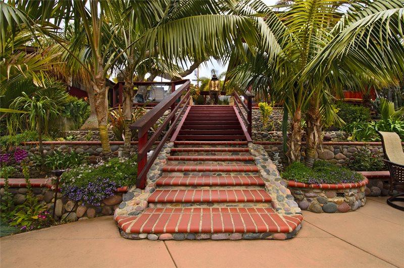 Brick, Steps, Stone, Palms, Railing Brick Hardscaping Landscaping Network Calimesa, CA