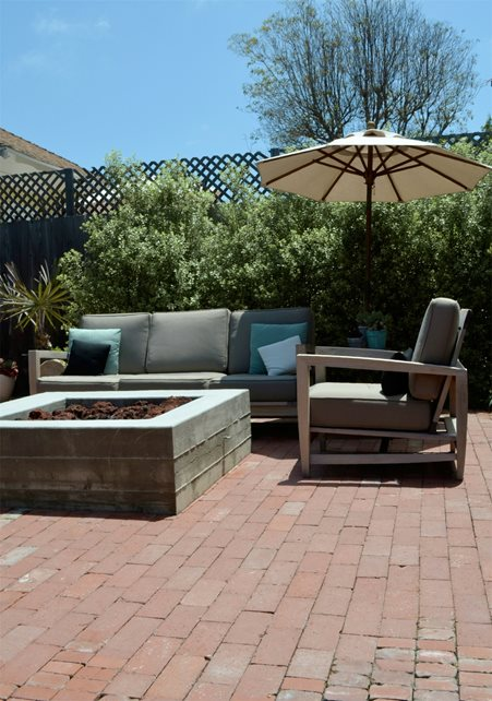 Concrete, Board Formed, Fire Pit, Square, Brick Patio Brick Hardscaping Landscaping Network Calimesa, CA