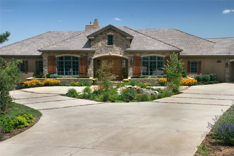 Circle Drive Concrete Driveway Accent Landscapes Colorado Springs, CO