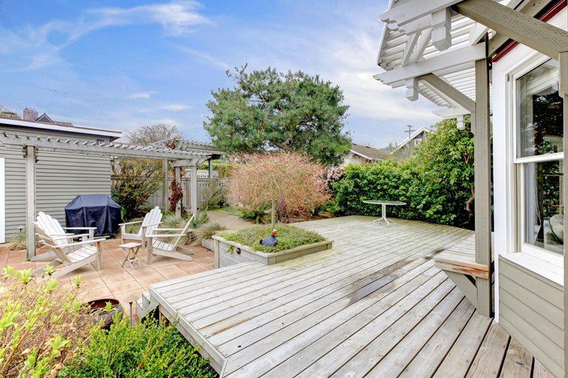 Gray Weathered Wood Deck Deck Design Landscaping Network Calimesa, CA