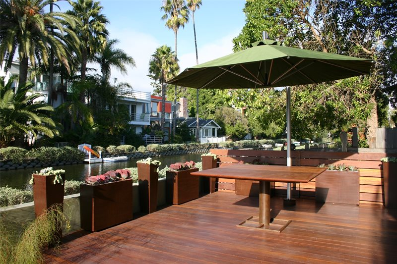 Small Deck, Ipe Deck Deck Design Z Freedman Landscape Design Venice, CA