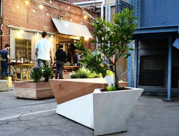 Bench Planter Decor and Accessory Blanchard Fuentes Design El Segundo, CA