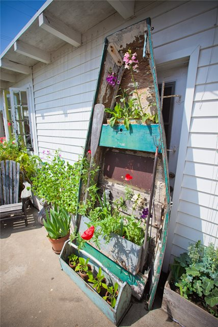 Decorative Row Boat Decor and Accessory Landscaping Network Calimesa, CA