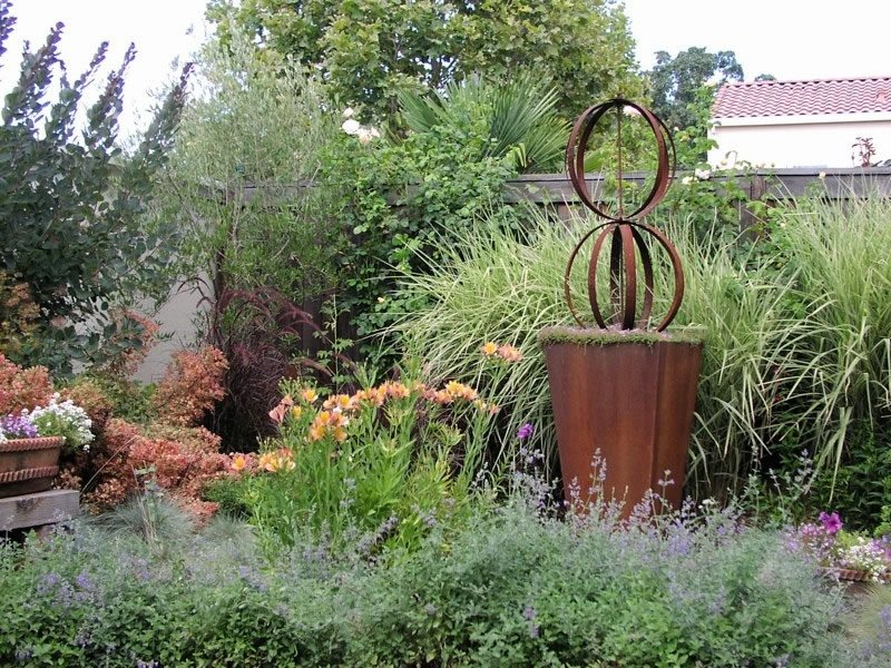 Metal Garden Sculpture Decor and Accessory Michelle Derviss Landscape Design Novato, CA