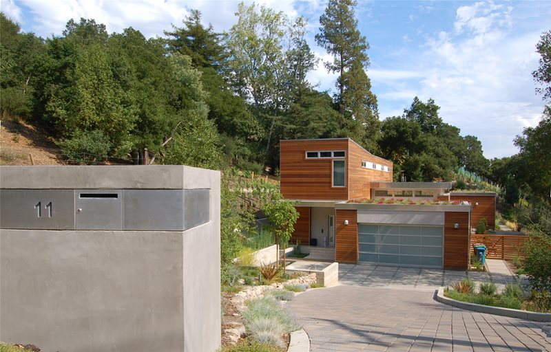 Long Driveway In Front Yard Driveway Huettl Landscape Architecture Walnut Creek, CA