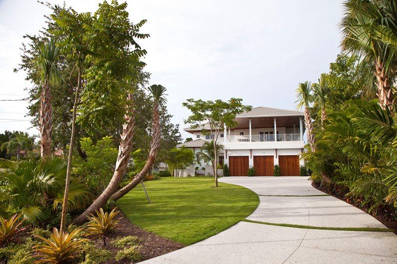 Tropical Driveway Design Driveway BORDEN Landscape Architecture Sarasota, FL