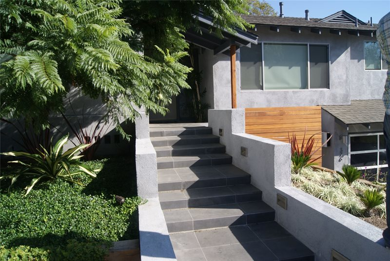 Front Stairs Entryways, Steps and Courtyard Z Freedman Landscape Design Venice, CA