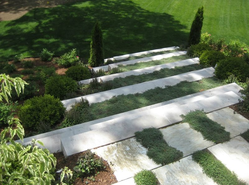 Entryways steps and courtyard moultonboro nh photo for Courtyard stone and landscape