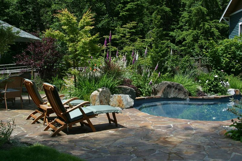 Flagstone Pool Deck, Pool Boulders Flagstone Classic Nursery and Landscape Woodinville, WA