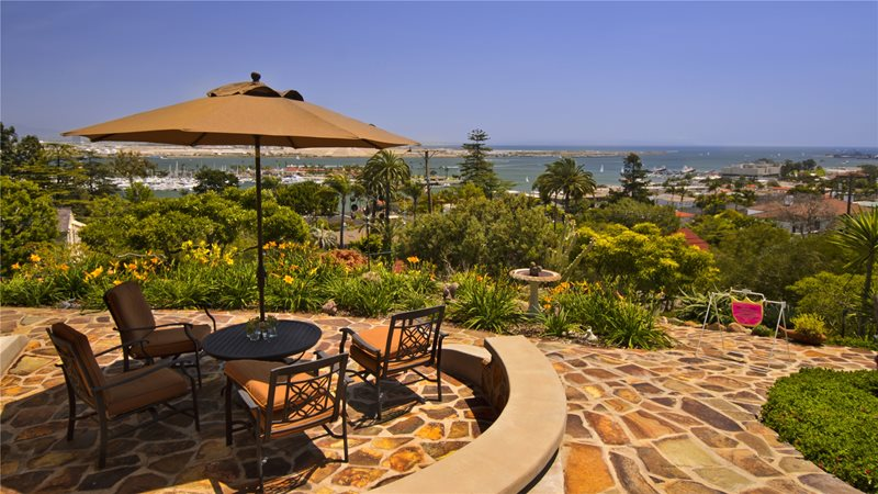 Stone, View, Ocean, Umbrella Flagstone Landscaping Network Calimesa, CA