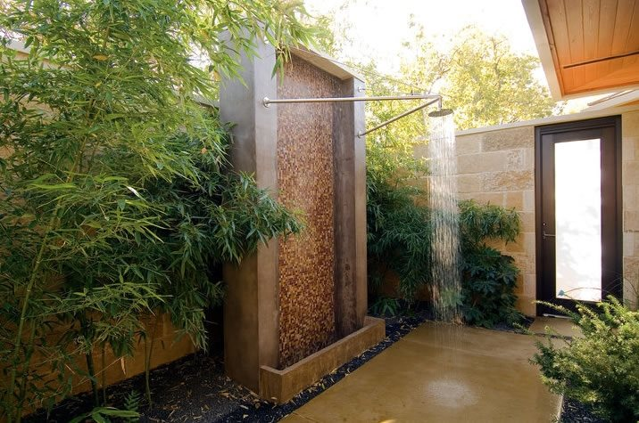 Contemporary Outdoor Shower Fountain Bonick Landscaping Dallas, TX