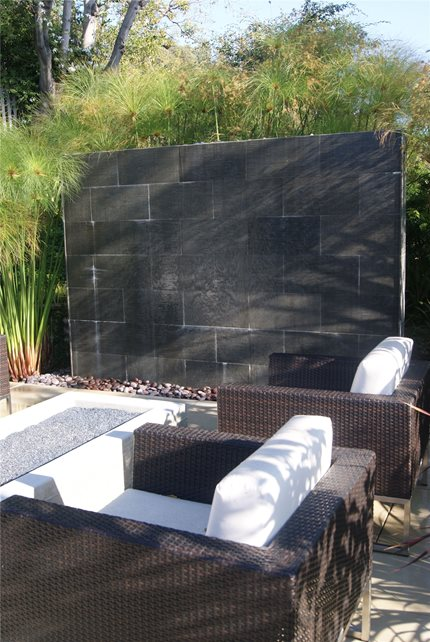 Outdoor Water Wall Fountain Z Freedman Landscape Design Venice, CA