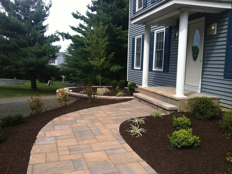 Front porch poughkeepsie ny photo gallery for Front porch landscaping ideas