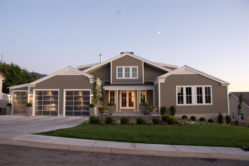 Contemporary Front Yard Front Yard Landscaping Ag-Trac Enterprises Logan, UT
