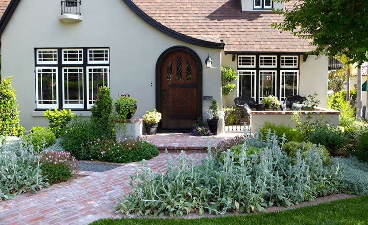 Front yard landscaping fullerton ca photo gallery landscaping network - Practical ideas to decorate front yards in the city ...