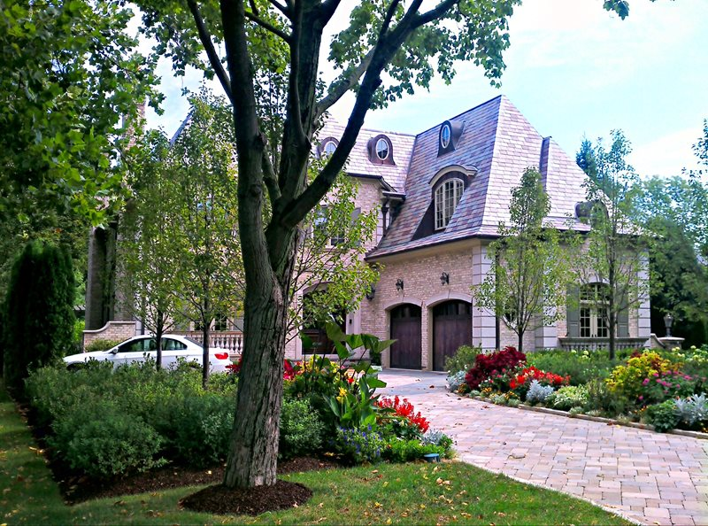 Front Yard Makeover, Front Yard Before And After Front Yard Landscaping Romani Landscape Architecture Glencoe, IL