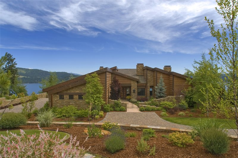 Rustic Landscaping Front Yard Landscaping Copper Creek Landscaping, Inc. Mead, WA