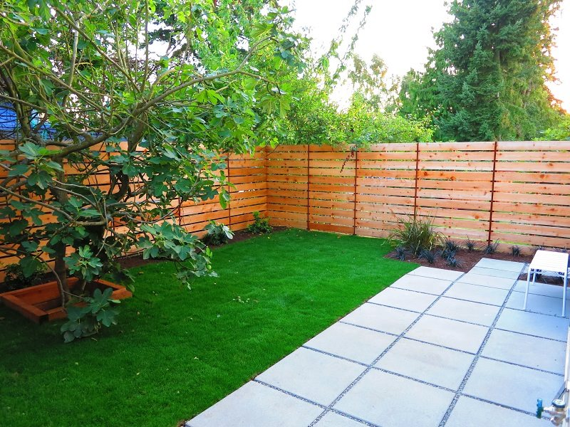 horizontal boards unfinsihed fence gates and fencing true scape design seattle wa