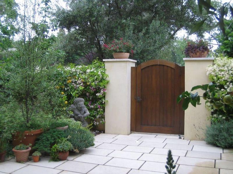 Bamboo Garden Fence Retaining Walls
