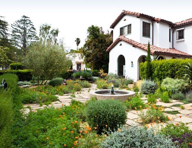 Drought Resistant Front Garden Lawnless Landscaping Joseph Marek Landscape Architecture Santa Monica, CA