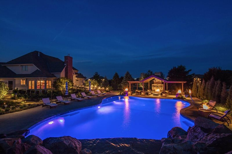 Lighting omaha ne photo gallery landscaping network for Pool design omaha