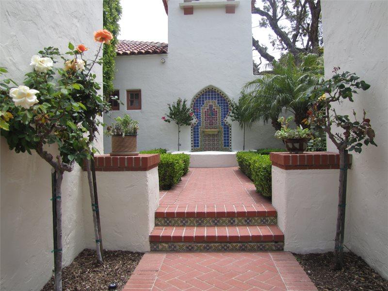 Entryway, Courtyard Mediterranean Landscaping Landscaping Network Calimesa, CA