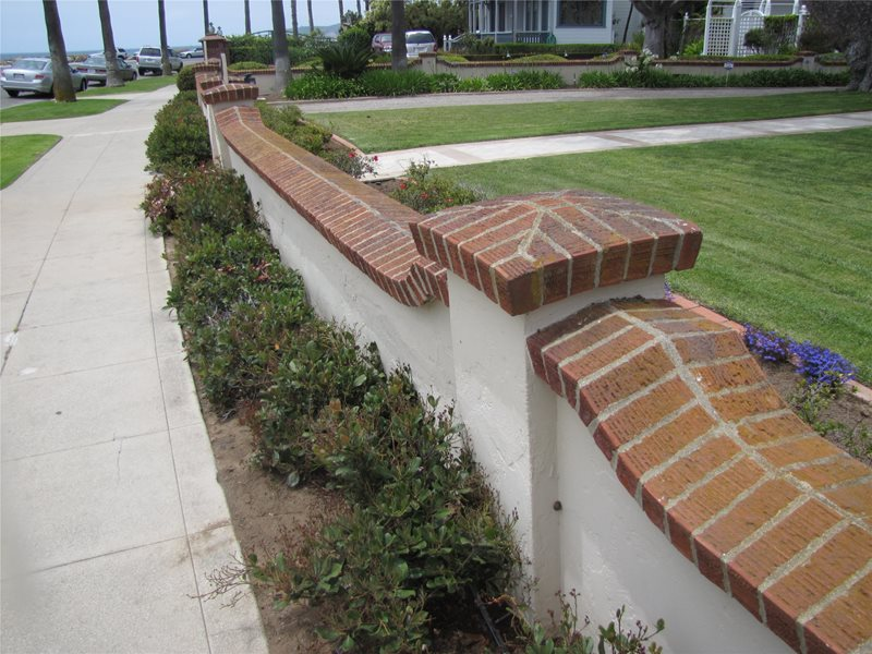 Retaining Wall Mediterranean Landscaping Landscaping Network Calimesa, CA