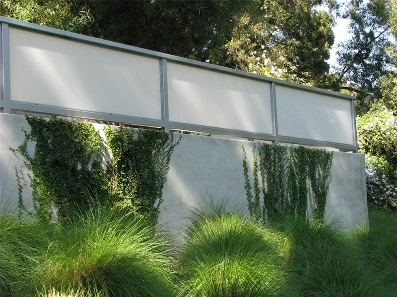 Concrete Retaining Wall Modern Landscaping Landscaping Network Calimesa, CA