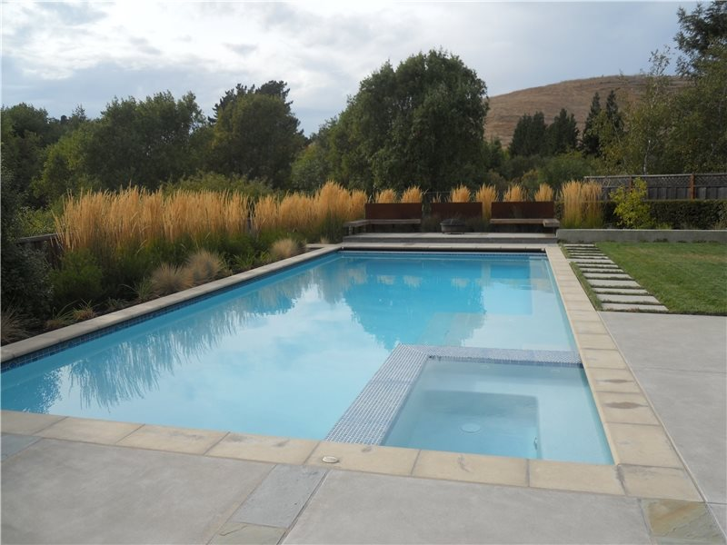 Pool And Spa Design Modern Landscaping Huettl Landscape Architecture Walnut Creek, CA