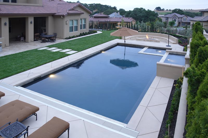 custom backyard pool inset spa modern pool landscaping network calimesa ca - Swimming Pool And Spa Design